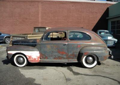 1946 Ford Sedan 2 Door